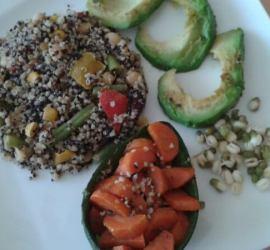dvojfarebná quinoa so zeleninou