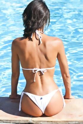dievča plávanie chudnutie