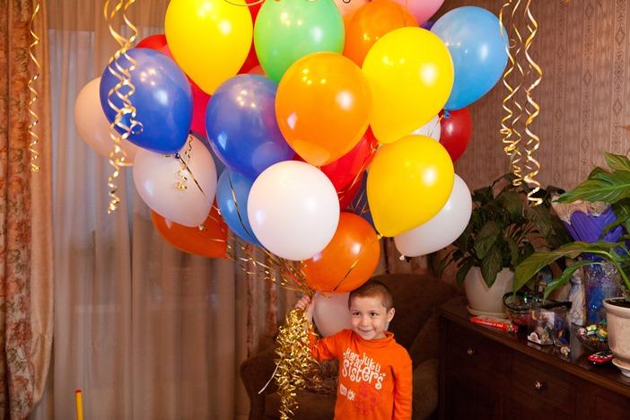 """Облако из воздушных шаров, детские праздники в """"Чудо-Чадо"""""""