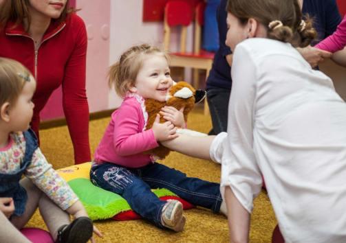 С какого возраста отдавать ребенка в детский сад