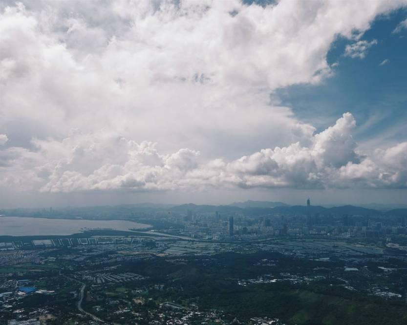 stormy. | 季候 🗻 • this year's norm: fine weekdays, stormy weekends.. 我可再發現 當初的雨季 ☔ • || #discoverhongkong | #instahikehk2 || by kelvinboyy http://ift.tt/1RjV7eH