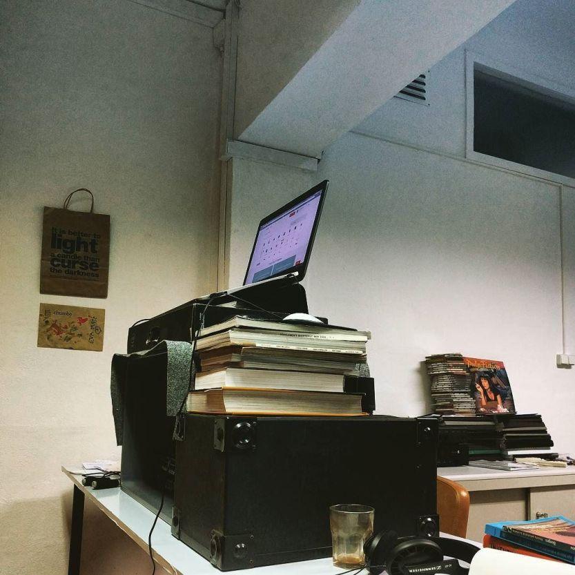 Office tower. http://ift.tt/2arAy3E