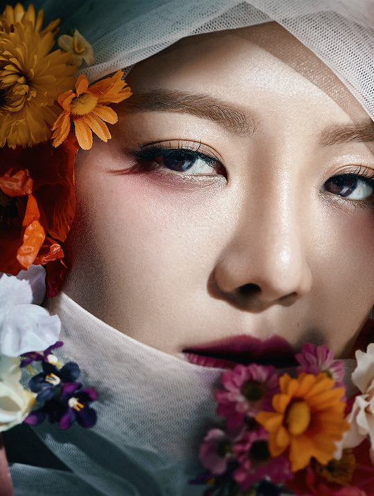 "dazzlingkai: ""Hyoyeon for 0/1 Creative Book "" #chumboworld / Hyoyeon /"