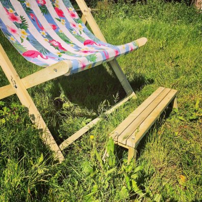 Giant Deckchair Step Bench
