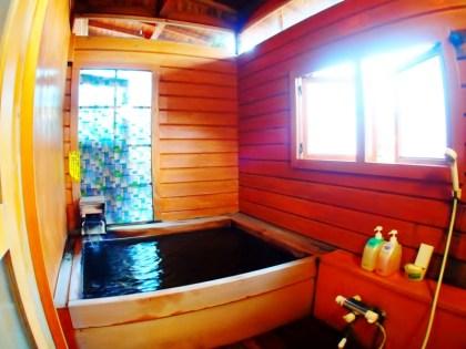 戸倉上山田温泉中央ホテル掛け流し温泉貸切露天風呂