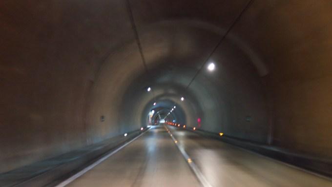 長野県筑北村千曲市坂上トンネル四十八曲峠