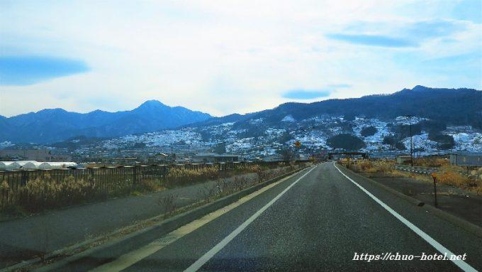 国道18号姨捨の棚田冠着山冬