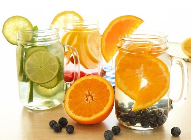 Detox cam rất được ưa chuộng trong mùa hè
