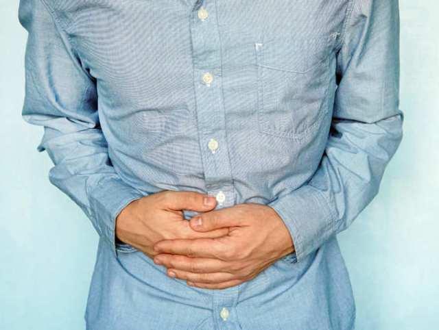 Người bị dạ dày không nên dùng giấm táo quá nhiều
