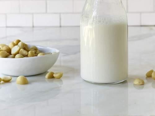 Sau sinh nên ăn gì để có nhiều sữa