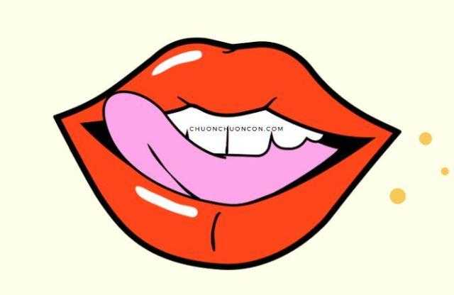 Liếm môi có hại gì