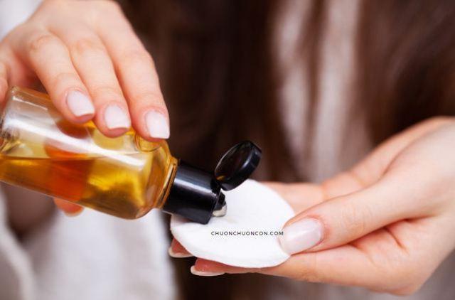 Cách dùng toner cho da dầu mụn