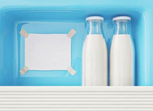 Cách bảo quản sữa khi mẹ đi làm trở lại