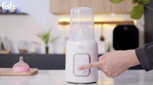 Máy hâm sữa Fatzbaby của nước nào