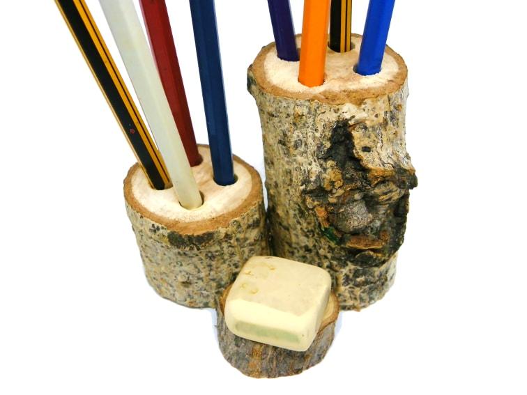 portalapiceros rustico hecho con tocones de madera
