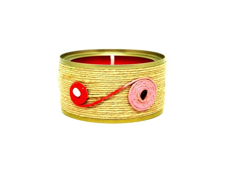 ¿Cómo hacer una vela decorativa con una lata de conservas y cuerda?