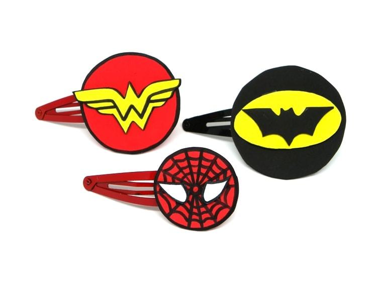 Horquillas de clip para el pelo con logos de súper héroes de Marvel y DC Comics