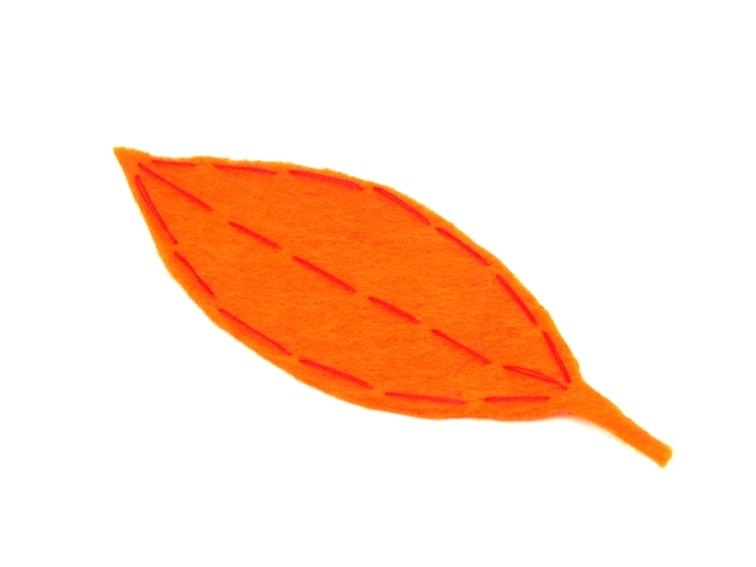 hoja caduca de fieltro naranja