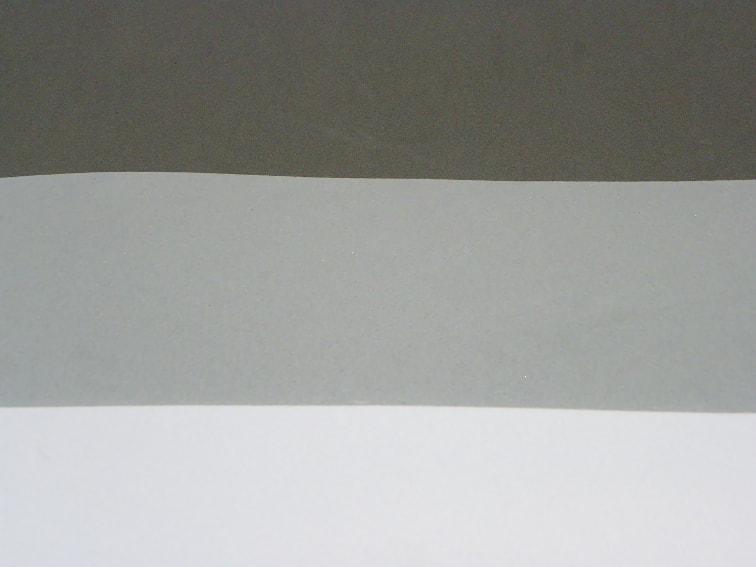 goma eva de color gris, gris oscuro y blanco