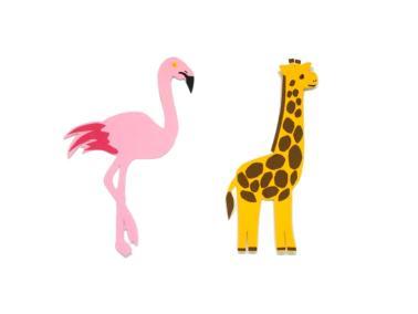 marcapaginas de una jirafa y un flamenco hechos con cartulinas de colores