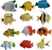 peces de plastico de juguete