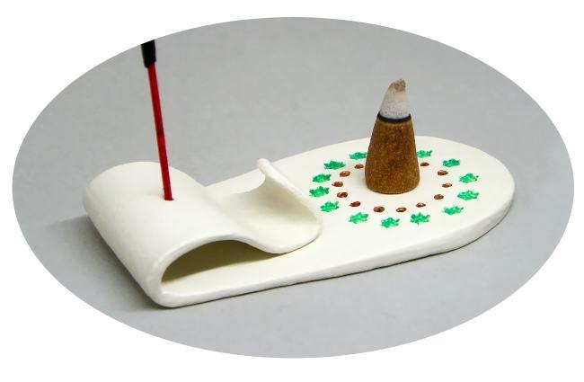 quemador de incienso artesanal hecho con pasta para modelar blanca air dry