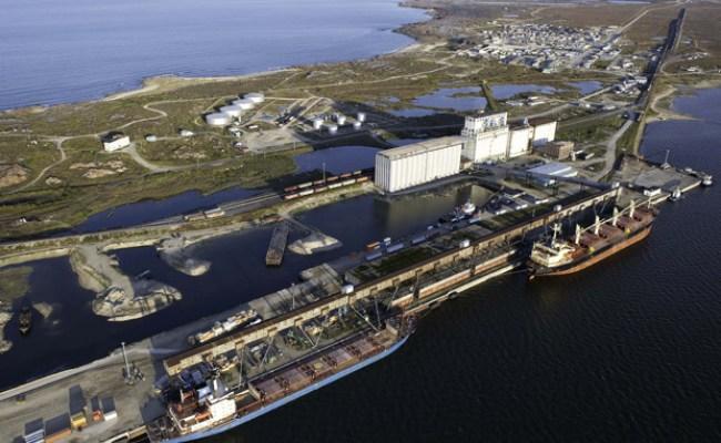 Derailment Shocks Arctic Gateway Churchill Polar Bears