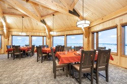 dining-room-churchill-wild-seal-river-heritage-lodge-scott-zielke