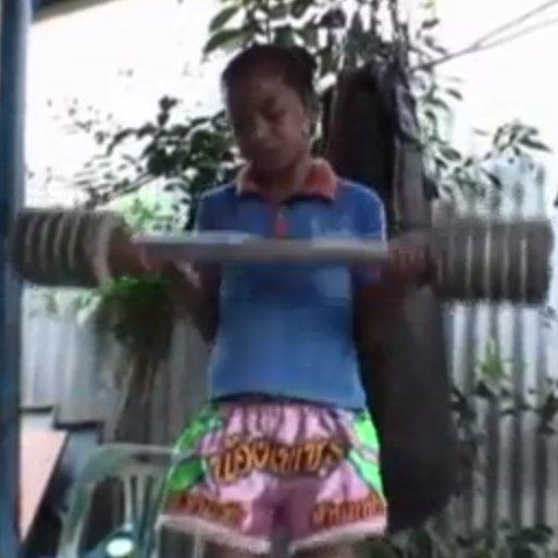 Thai Child Boxers, Buffalo Girls, Screenshot
