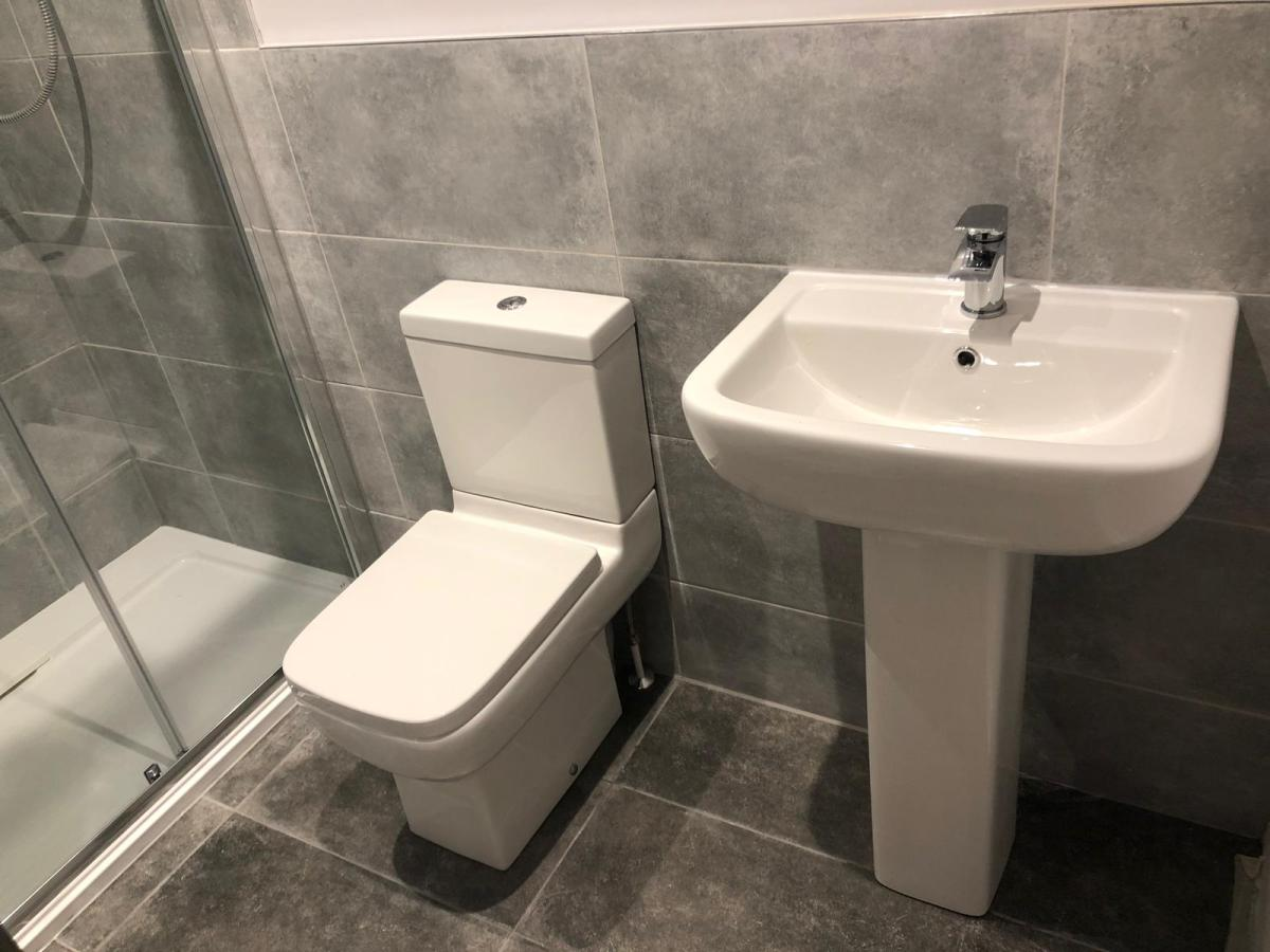 New bathrooms in Torbay 9