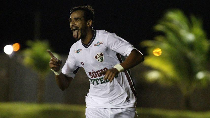 Henrique Dourado comemora gol pelo Fluminense