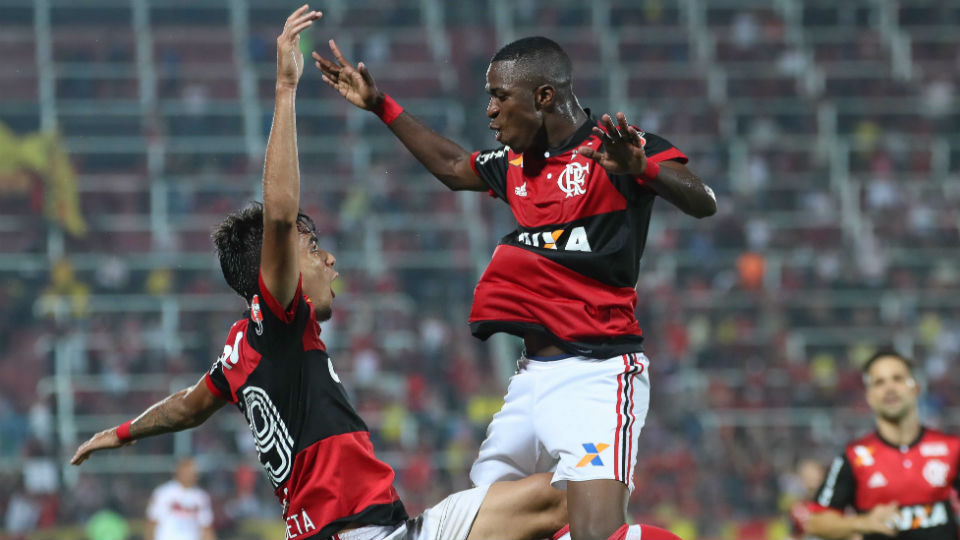 Vinicius Junior Lucas Paquetá Flamengo 2017