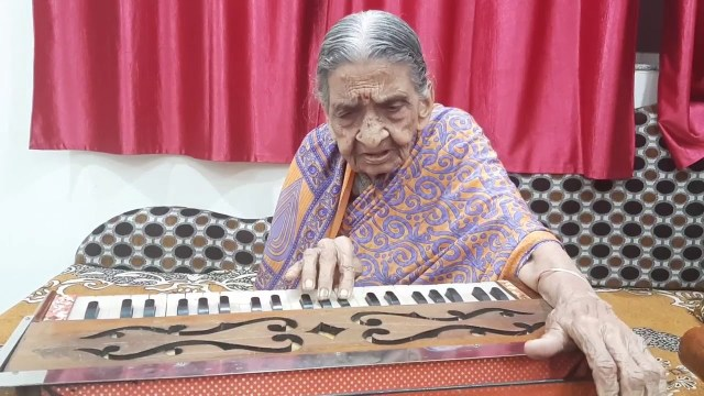 World's Oldest Female Harmonium Player