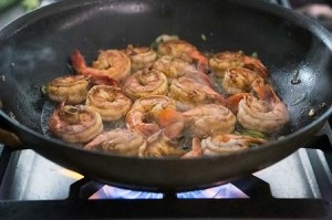 ginger-sesame-garlic-shrimp-method-4