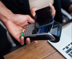 Card or Mobile payment instrument