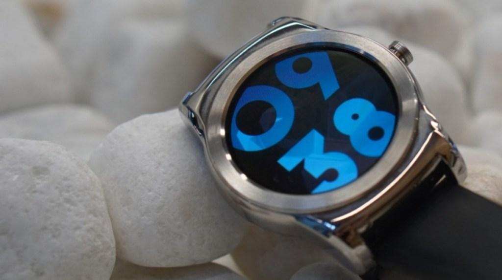 Jolla chce ukázat Applu a ostatním, jak udělat pořádný OS pro chytré hodinky