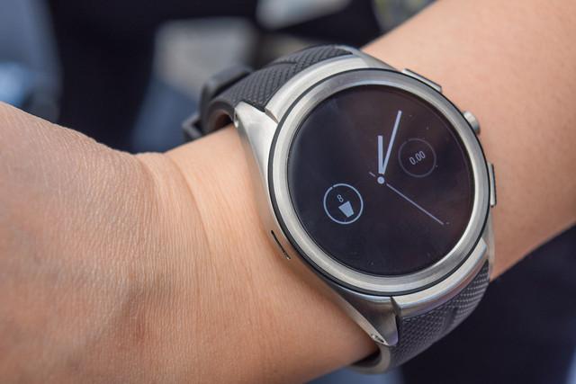 První samostatné aplikace pro Android Wear 2.0 jsou tady