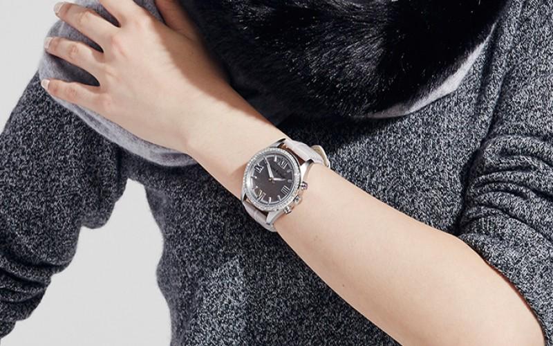 Chytré hodinky Isaac Mizrahi z dílen HP jsou tady