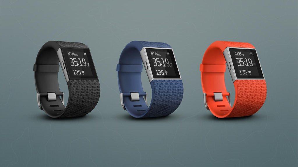 Fitbit Surge nově přináší běžecké informace a zvýšenou výdrž baterie