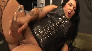I CAN BE BAD ALL BY MYSELF 1 - Scene 4