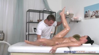 Massage Rooms Sexy babe squirting when getting expert finger treatment