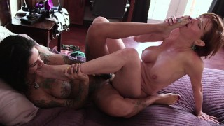Mommy Has Special Love For Her Lesbian Step Daughter Bonnie Rotten