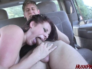 Gianna wants the whole world to watch her getting fucked!