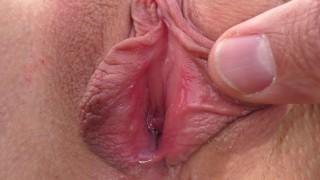 Closeup MILF Creampie - Juicy Pussy Fingered, Licked, Fucked and Cummed In