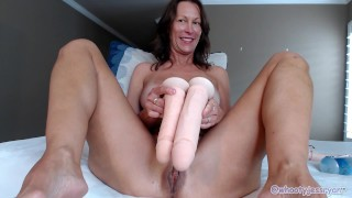 Milf Jess Ryan Compares sizes Of Cocks Shows how to use them wedacam16th