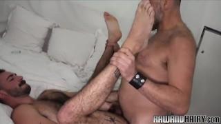 Hairy bear duo sucking hard cocks