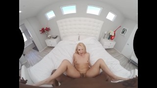 Naughty America - incredible twerking ass in stockings on black cock VR