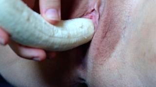 MissJenniP - Scandinavian Amateur REALLY HOT Inserting, Cumming And Birthing Banana Close Up