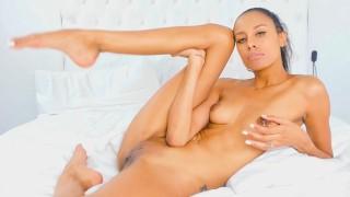 Model Masturbates on Chaturbate | Kylie Le Beau