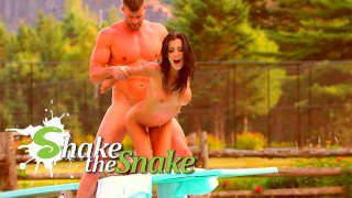 SHAKE THE SNAKE - How Knew That The Diving Board Is A Good Place To Fuck ?